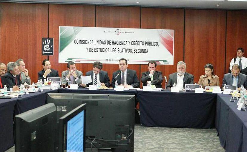 Los senadores aprobaron en comisiones la miscelánea fiscal.  (Tomada de Twitter: @senadomexicano)