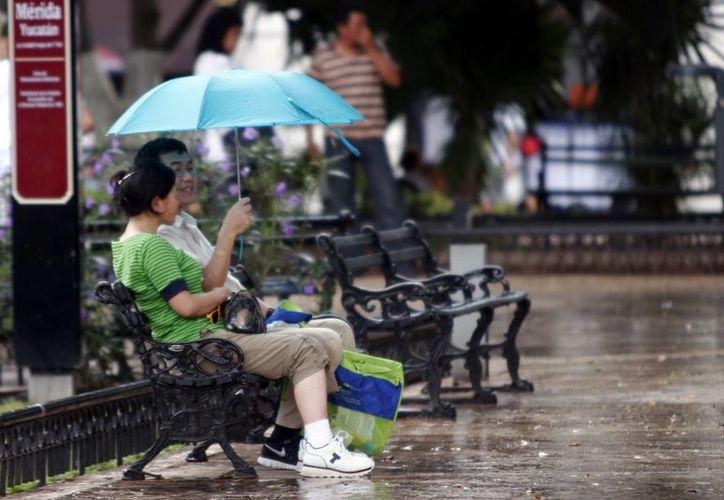 Una vaguada sobre la región ocasiona lluvias sobre Yucatán. (Christian Ayala/SIPSE)
