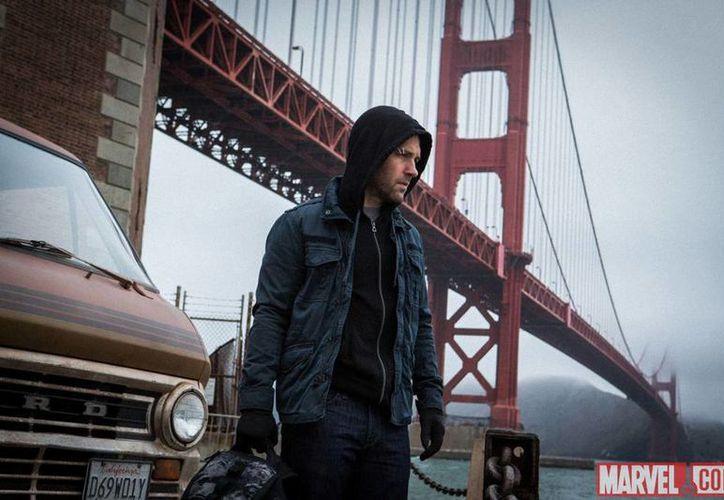 Paul Rudd aparece aquí como Scott Lang, aún sin el traje de Ant-Man. (marvel.com)