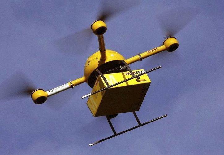 Las aeronaves no tripuladas son utilizadas para diversos objetivos; en México, un estudiante busca hacerlos de materiales más resistentes para utilizarlos en labores de rescate. (Foto de contexto/internet)