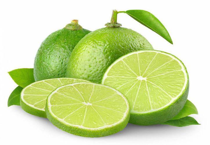 Por su alto contenido de antioxidantes, vitaminas y minerales, el limón es un alimento diurético. (Contexto/Internet)