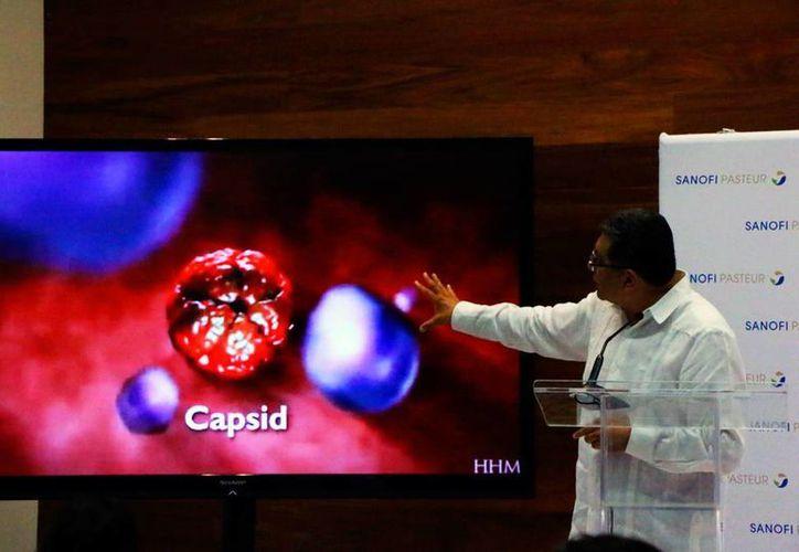 Este sábado, se lanzó desde Mérida, para todo México, la vacuna contra el dengue, cuyo nombre comercial es: Dengvaxia. (José Acosta/SIPSE)