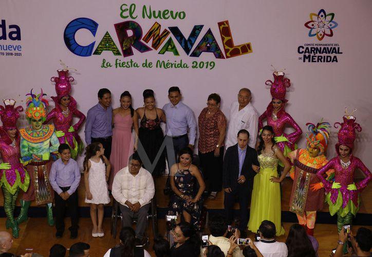 La votación para elegir a todos los reyes y reinas del Carnaval de Mérida concluyó este martes. (Fotos Pepe Acosta)