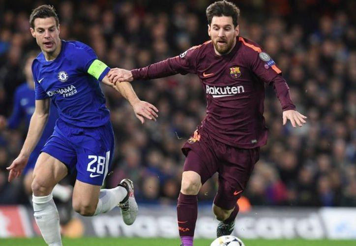 Posteriormente el empate llega cuando Messi dispara fuera del área y empata el marcador. (Twitter: ESPN)