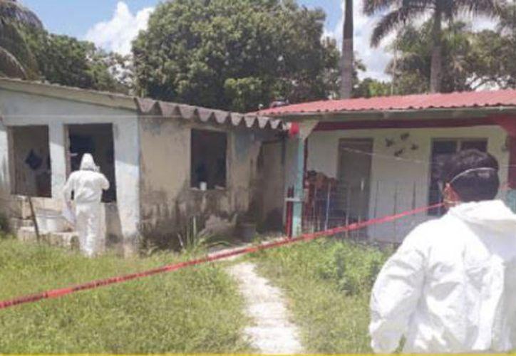 El cuerpo de un adulto mayor fue hallado sin vida y en descomposición dentro de su domicilio, ayer en el poblado Sergio Butrón Casas. (Redacción/SIPSE)
