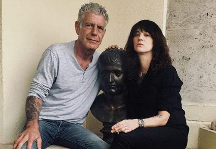 Su pareja era la actriz Asia Argento, recientemente de actualidad por su poderoso alegato contra el acoso en la industria del cine. (Instagram)
