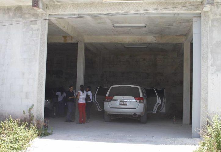 El hallazgo de la bodega, fue por un Nissan Tsuru con GPS instalado, pero el vehículo ya no se encontraba en le lugar. (Sergio Orozco/SIPSE)