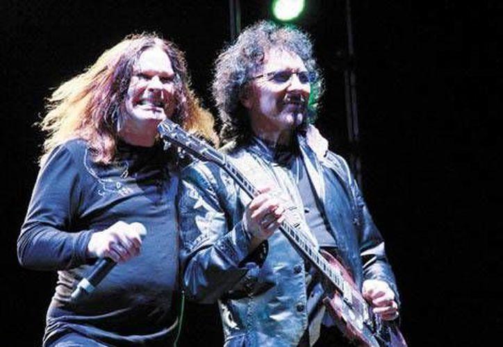 Ozzy Osbourne y Tony Iommi durante su presentación en el Foro Sol. (Milenio)