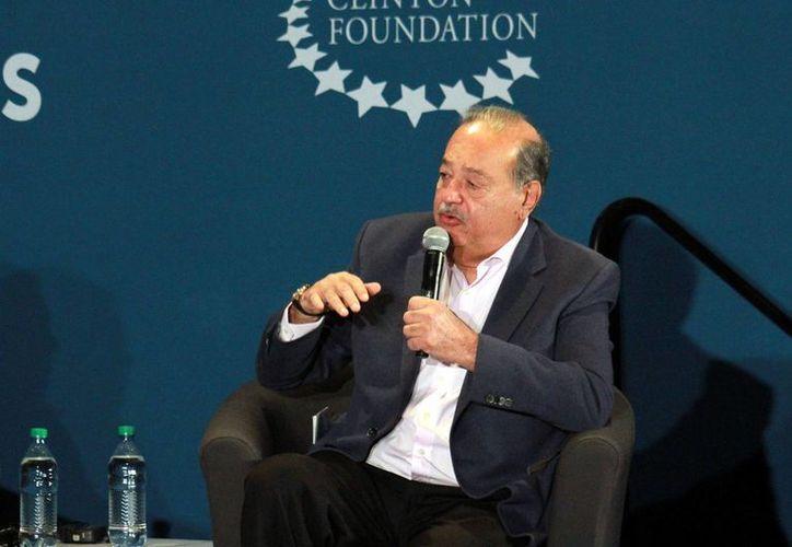 Carlos Slim adquirió a través de Grupo Carso el Banco Walmart. (Archivo/Notimex)