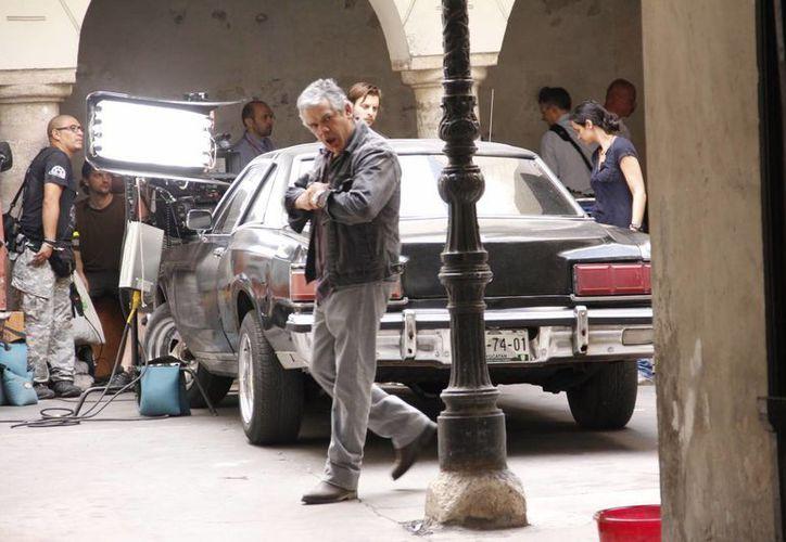 Seis unidades  grabaron en una casona del primer cuadro de Mérida. (Juan Carlos Albornoz/SIPSE)