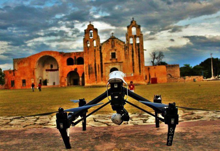 Los drones permiten obtener información sobre terrenos y espacios. (Milenio Novedades)
