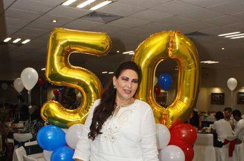 Con Flor Martín Lugo, festejando sus 50's