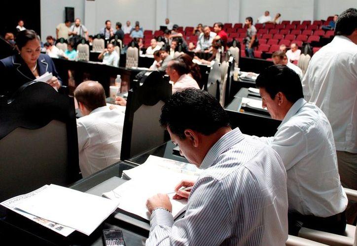 El presidente de la Comisión de Hacienda, Freddy Marrufo Martín, anticipó que se publicará antes de concluir el ejercicio fiscal. (Ernesto Neveu/SIPSE)