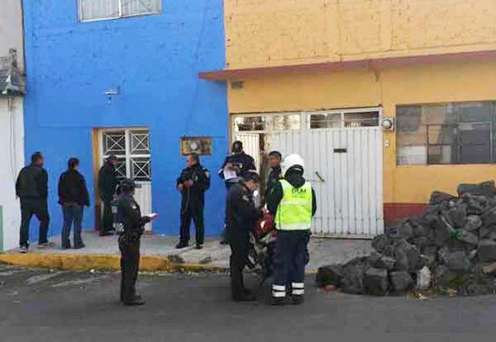 Imagen del lugar donde un joven asesinó a la casera y a su madre durante una discusión, en Coyoacán. El sospechoso se intentó suicidar.  (Jorge González/Excelsior)