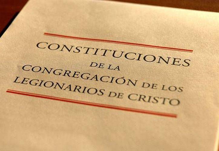 Con esta aprobación definitiva de las Constituciones concluye un proceso de reforma que comenzó en 2010 por mandato del Papa Benedicto XVI. (legionariesofchrist.org)