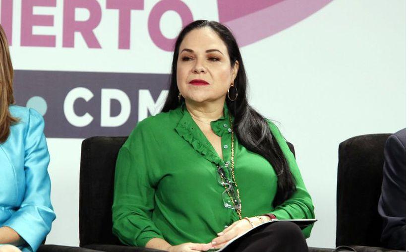 Las firmas fueron presentadas a través de un oficio en el cual se declara a Mónica Fernández Balboa como el perfil idóneo. (Foto: Reforma)