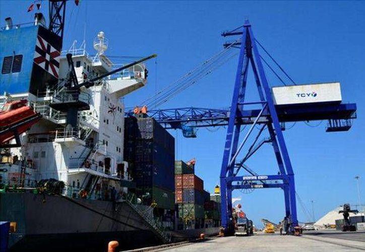Empresarios yucatecos consideran que la conectividad ferroviaria al puerto de Progreso debió darse desde hace varios años pues dará mayor competitividad económica al Estado. (SIPSE)