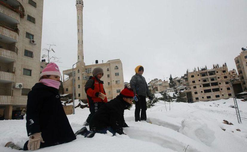 El domingo, día hábil en Israel, las escuelas permanecerán cerradas por las dificultades en el trágico. (EFE)
