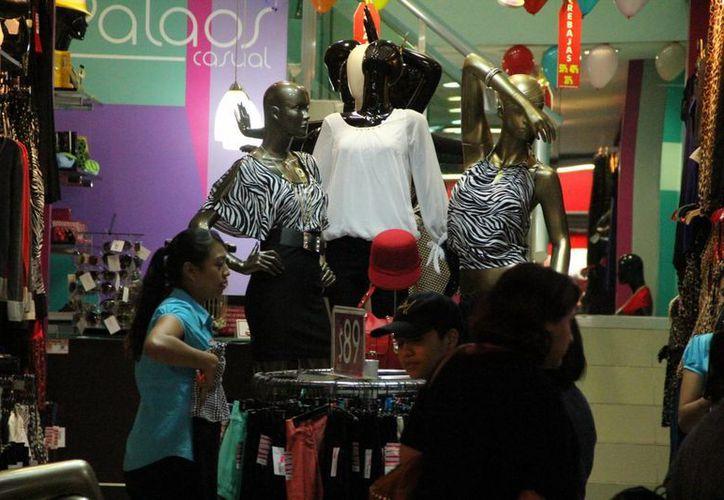 Entre el 20 y 24 de diciembre se registró el mayor movimiento comercial en Mérida, de acuerdo a a la Canaco. (SIPSE)