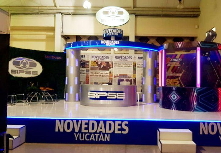 El módulo de NOVEDADES Yucatán, desde donde se realizarán las transmisiones. (Daniel Sandoval/Novedades Yucatán)