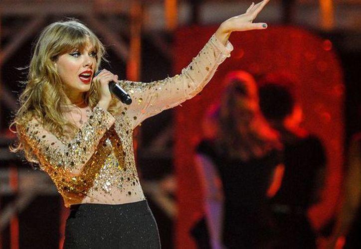 Actualmente Taylor Swift realiza la gira '1989' por varios países de  Norteamérica, Asia y Europa. En 59 conciertos las ganancias de Swift serán de 173 millones de dólares. (Archivo de AP)