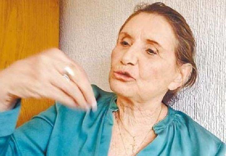 La madre de Amado Yañez, arraigado por un fraude multimillonario, dice que 'ya lo puso en manos de Dios'. (Milenio)