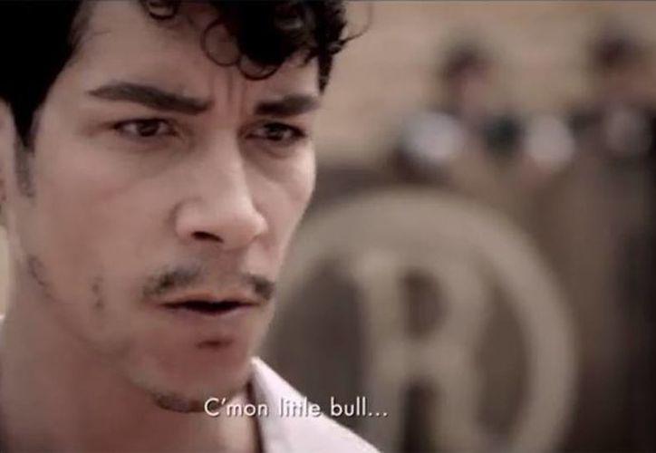 El actor español Óscar Jaenada da vida a Cantinflas. (Milenio Novedades)