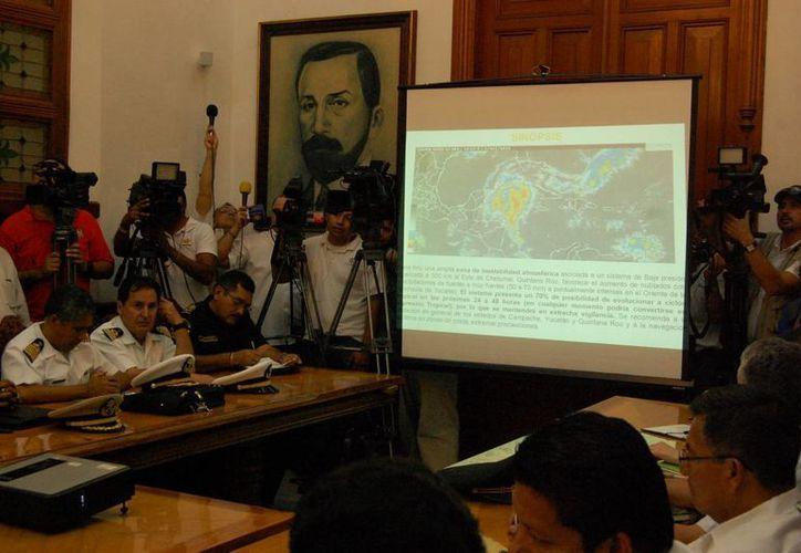 La sesión del Comité de Protección Civil en Yucatán. (Wilberth Argüelles/SIPSE)