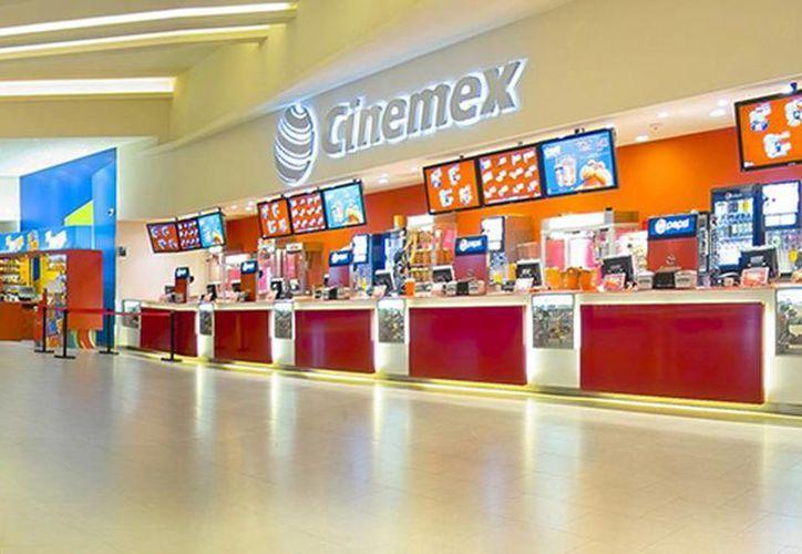 El primer complejo en abrir en EU será en Miami en el mes de marzo y el resto del año en las ciudades de Chicago, New Jersey, New York y Minneapolis. Imagen de contexto de uno de los negocios en México. (cinemex.com)