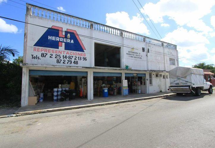 El negocio se ubica en la 40 avenida, entre la calle 7 y 11. (Gustavo Villegas/SIPSE)