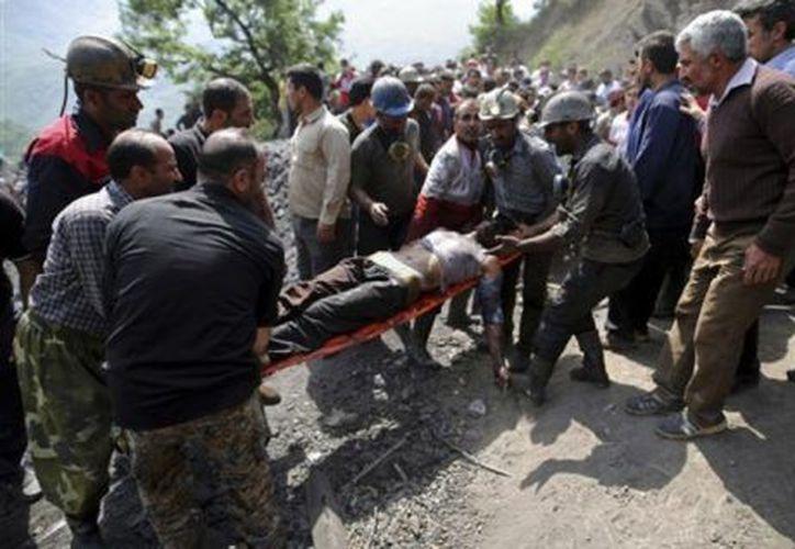 Irán es propenso a los temblores diarios ya que se encuentra sobre varias fallas importantes. (Unomásuno).