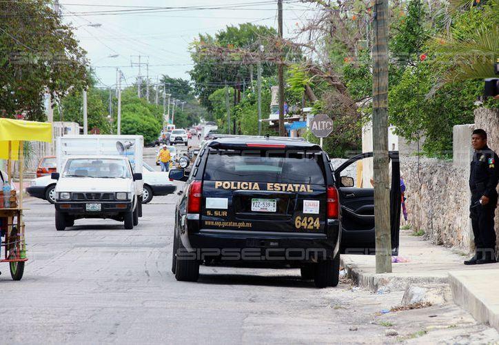 En menos de 24 horas, dos mujeres han sido víctimas de asaltos violentos en Mérida. Este miércoles, la encargada de una oficina fue amarrada y amordazada, en la colonia Mercedes Barrera. (Jorge Pallota/SIPSE)
