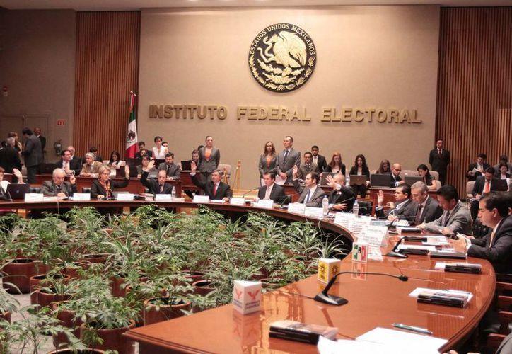 La decisión se tomó durante la sesión especial realizada este miércoles en el Instituto Federal Electoral.(Archivo/Notimex)