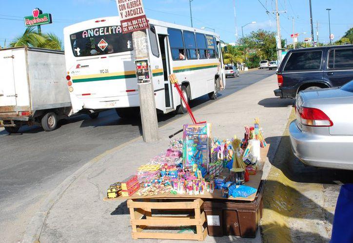 Los operativos se realizan en los diferentes tianguis, centros comerciales y estacionamientos. (Tomás Álvarez/SIPSE)