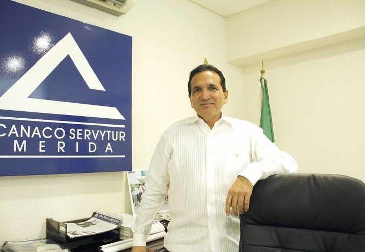 De acuerdo a José Manuel López Campos, titular de Canacome,  el 80 por ciento del ingreso de muchos establecimientos y personas que trabajan en la costa yucateca está concentrado en los meses de julio y agosto. (SIPSE)
