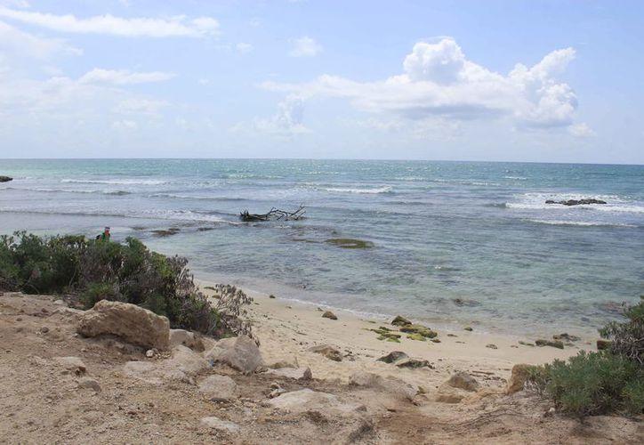 Las condiciones climáticas con fuertes marejadas favorecieron la erosión. (Sara Cauich/SIPSE)