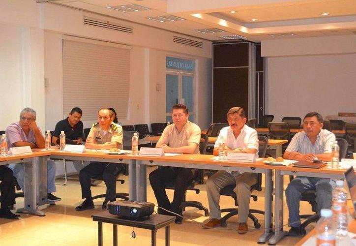Se instaló el Comité de Evaluación del Programa Hospital Seguro para verificar las unidades hospitalarias de Quintana Roo. (Redacción/SIPSE)