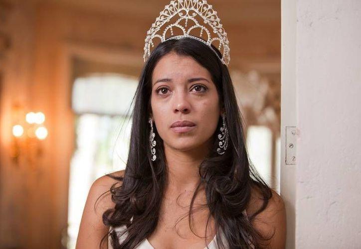 Actuar en 'Miss Bala' sirvió como catapulta a la actriz mexicana Stephanie Sigman para aparecer en 'Spectre', nuevo filme sobre el Agente 007. (biosstars-mx.com)