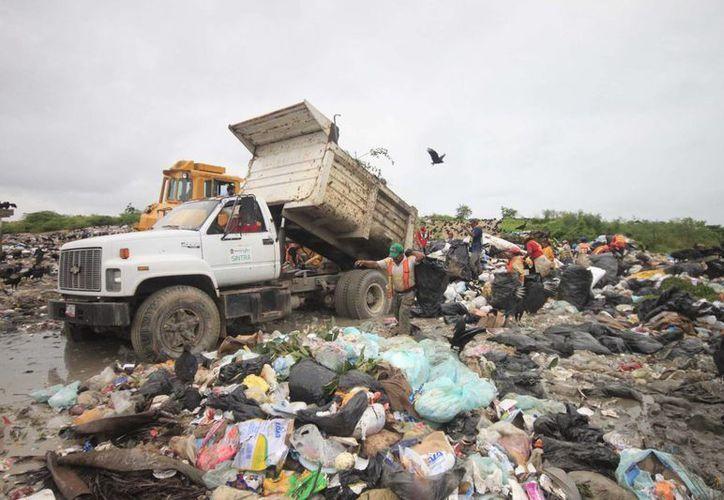No hay fecha para resolver sobre concesión del basurero. (Harold Alcocer/SIPSE)
