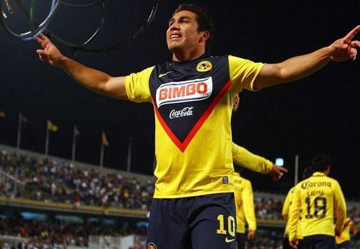 Salvador Cabañas jugó varios años con el América, aunque nunca pudo conquistar el título de liga. (www.mediotiempo.com/Archivo)