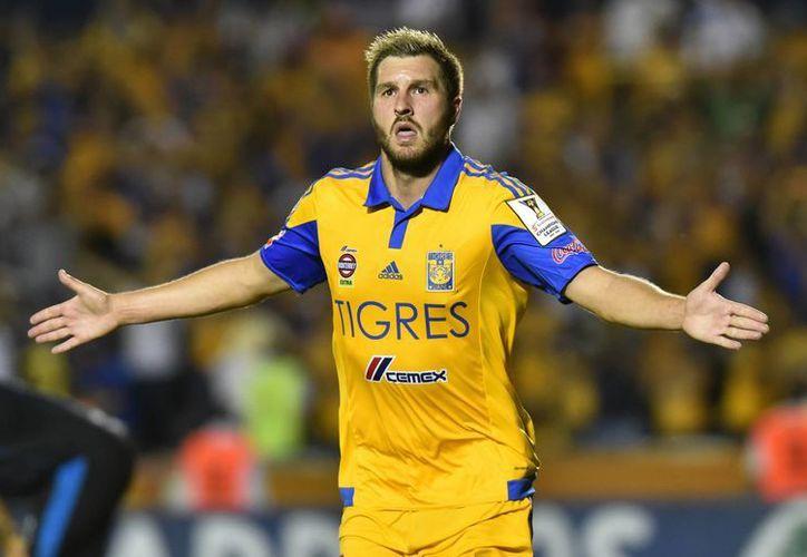 Luego de un partido de ida que terminó 0-0, Gignac se destapó con 2 goles para que Tigres venciera 2-0 a Gallos de Querétaro y de esta forma avanzan a la final de la Liga de Campeones de la Concacaf. (EFE)