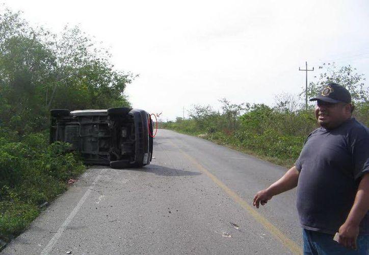 Esta es la foto que tomaron las autoridades de Izamal en ese tramo carretero. (Jorge Moreno/SIPSE)