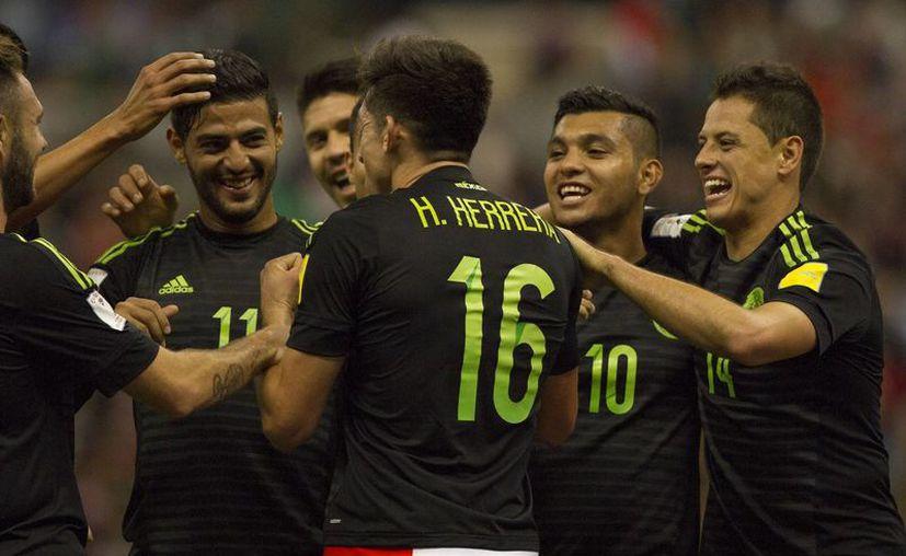 La Selección Mexicana jugará contra la de Senegal en febrero próximo, como parte de su preparación para la eliminatoria mundialista. (Notimex)