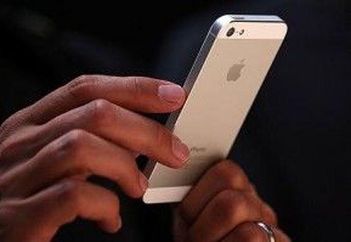 La víctima del robo del iPhone se enteró que el ladrón enviaba mensajes a mujeres y le siguió la pista. (Foto de contexto)
