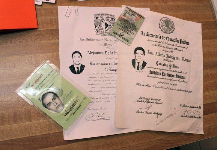 """El valor en el """"mercado negro"""" de los documentos académicos ilegales oscila entre 8 y 15 mil pesos, dependiendo del """"proveedor"""".  (Francisco Sansores/SIPSE)"""