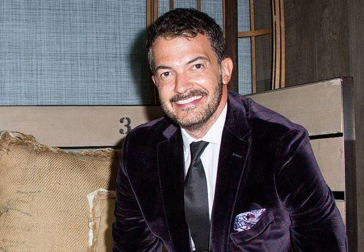 Fernando del Solar compartirá el protagónico de la película 'La familia de mi ex' con Ana Patricia Rojo. (Imagen tomada de .hola.com)