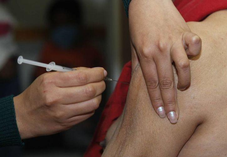 La SSA asegura contar con las suficientes dosis de antivirales para enfrentar el avance del AH1N1. (Notimex)