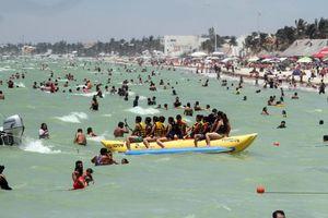 Yucatecos disfrutan del primer domingo de vacaciones