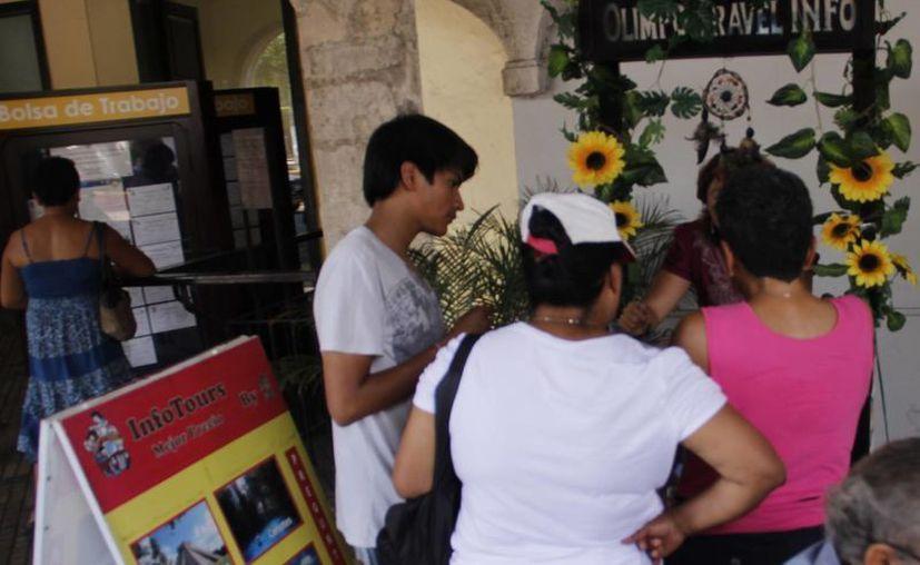 Chichén Itzá, Uxmal, Kabah y los cenotes de Cuzamá son algunos de los sitios yucatecos preferidos para los vacacionistas. (Albornoz/SIPSE)