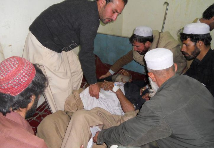 Inicialmente, las autoridades dieron una cifra de 10 muertos y 23 heridos. (Agencias)